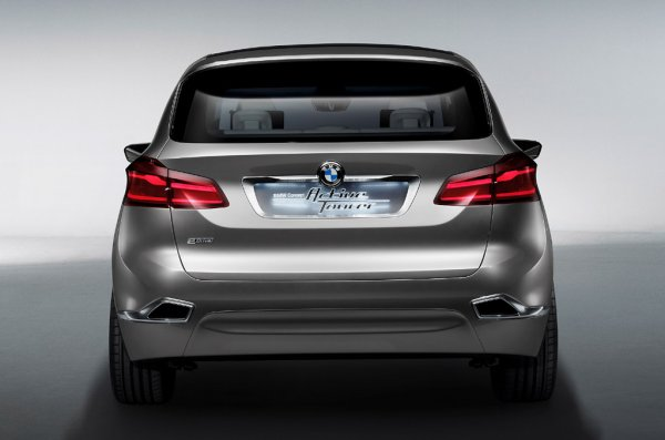 BMW Concept Active Tourer 2013 зад
