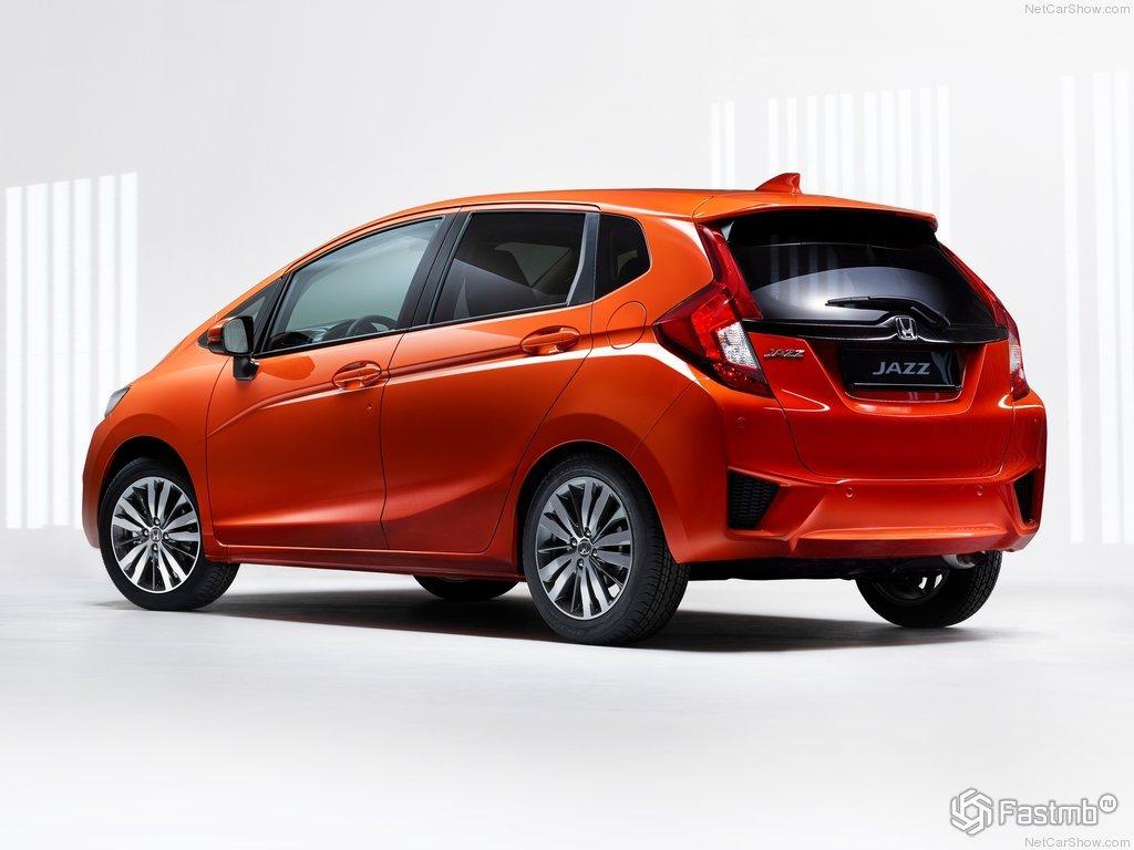 Honda Jazz III 2015-2016: характеристики и цена