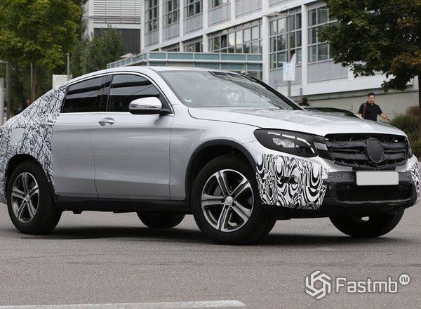 GLC Coupe, вид сбоку