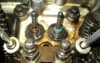 Как поменять маслосъемные колпачки на ВАЗ 2107