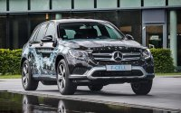 Mercedes официально рассекретил новый  внедорожник