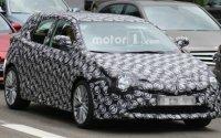 В сеть просочились первые снимки новой Toyota Auris