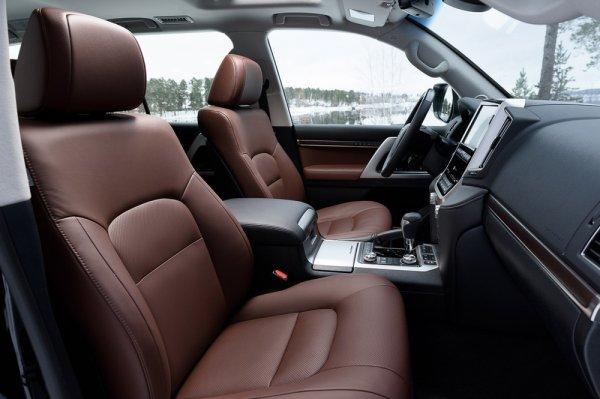 Передние сиденья Land Cruiser 200