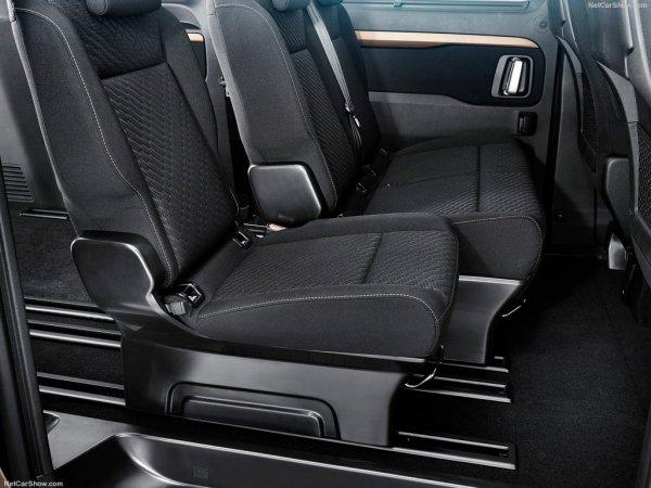 Тойота ProAce Verso 2017, задние кресла