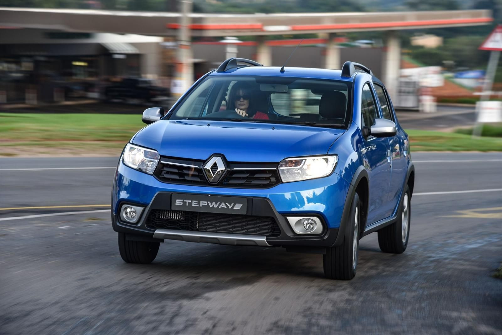 Renault sandero stepway 2018 цена фото