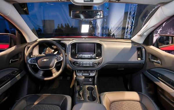 Интерьер одной из комплектаций Chevrolet Niva 2018
