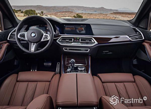 Интерьер нового BMW X5 2019