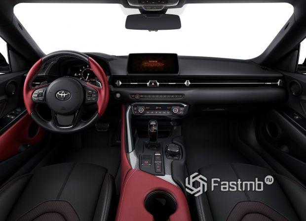 Интерьер новой Toyota Supra 2019