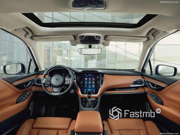 Subaru Legacy 2020, руль и панель управления
