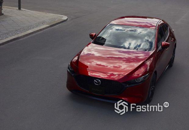 Mazda 3 2019 хэтчбек для Японии, вид спереди
