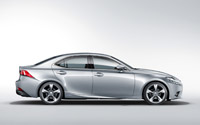 Новый Lexus IS 2013: седан с внешностью спорткара