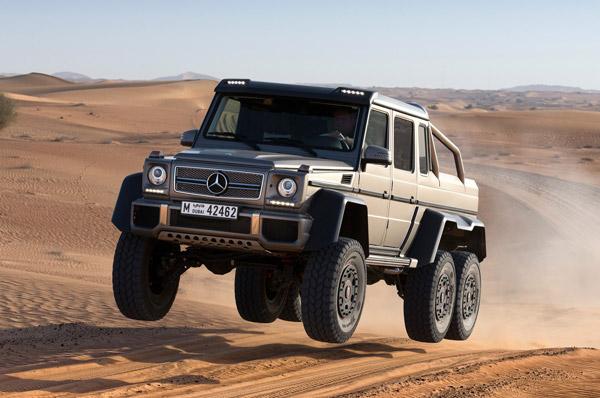 Трёхосный Mercedes-Benz G