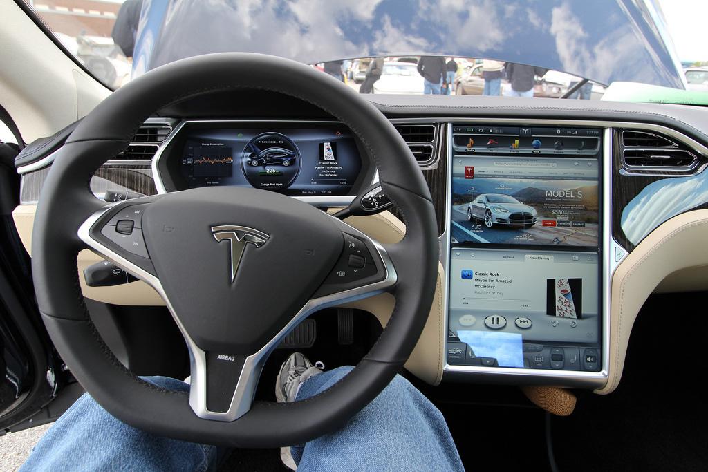 Электромобили плюсы минусы цены видео и их будущее