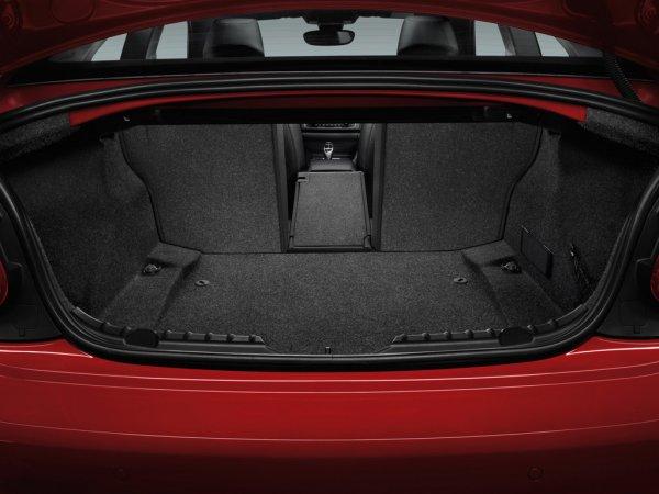 BMW 2 серии 2014 фото багажника