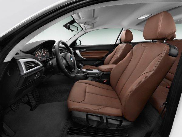 BMW 2 серии 2014 фото салона