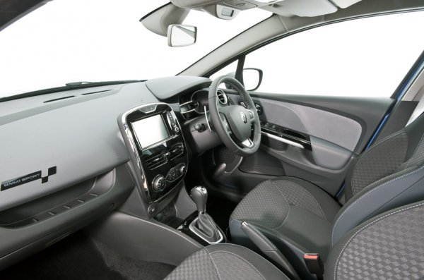 Renault Clio GT-Line 120 2014 фото салона