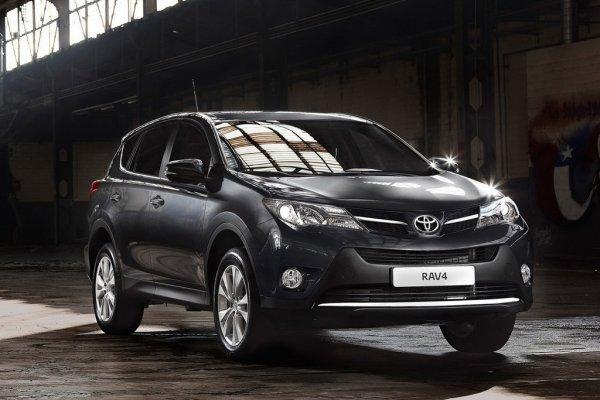 Toyota RAV4 - список самых продаваемых кроссоверов в Украине