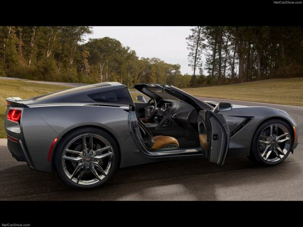 Фото салона Chevrolet Corvette 2014 C7 Stingray