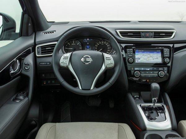 Салон Nissan Qashqai 2014