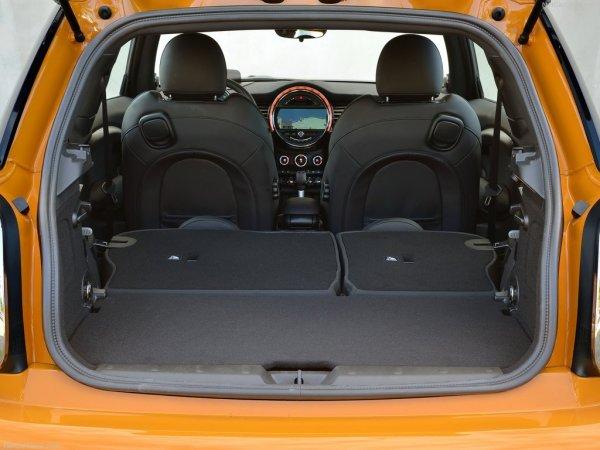 Mini Cooper S багажник 211 л