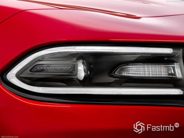 Фары Dodge Charger 2015