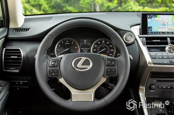 Салон Lexus NX300h F Sport 2015