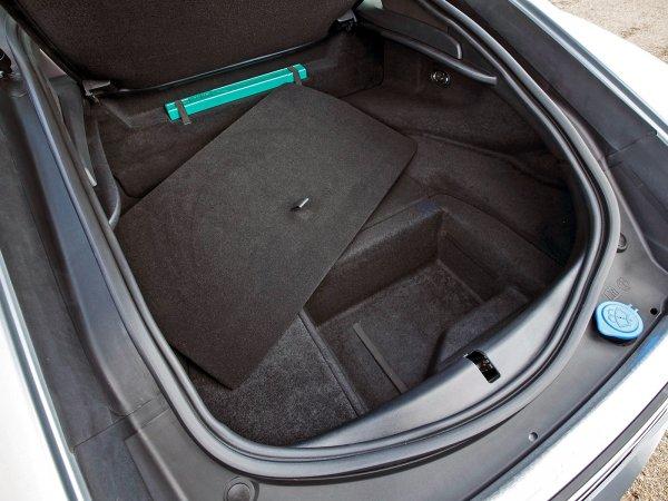 Объем багажника Jaguar F-Type R Coupe 407 л