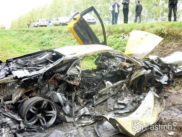Сколько стоят побитые и сгоревшие спорткары?