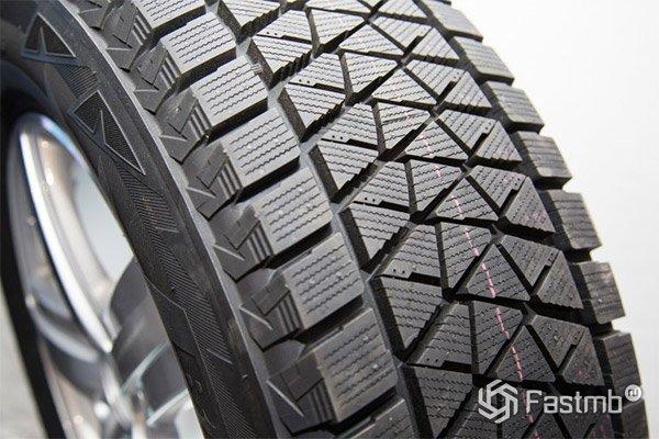 Зимняя фрикционная резина Bridgestone Blizzak DM-V2