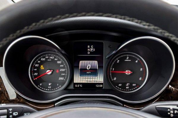 Mercedes-Benz V-класса 2015