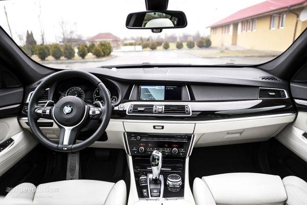Интерьер New BMW 5 Gran Turismo 2015