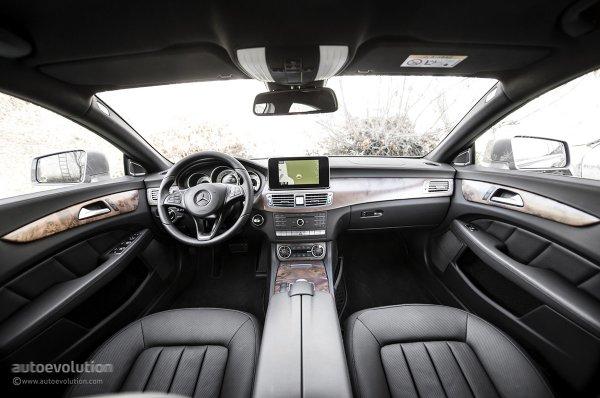 Салон Mercedes-Benz CLS-Class 2015