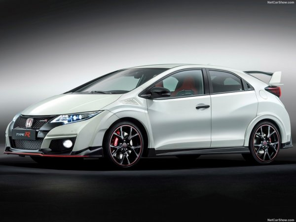 Хонда Цивик Тайп Р 2015 белого цвета