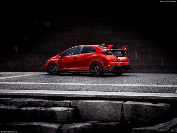 Красный Civic Type R 2015
