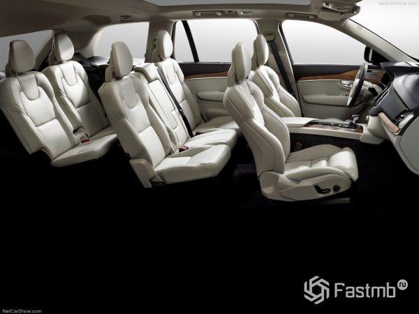 Три ряда сидений Volvo XC90 2015