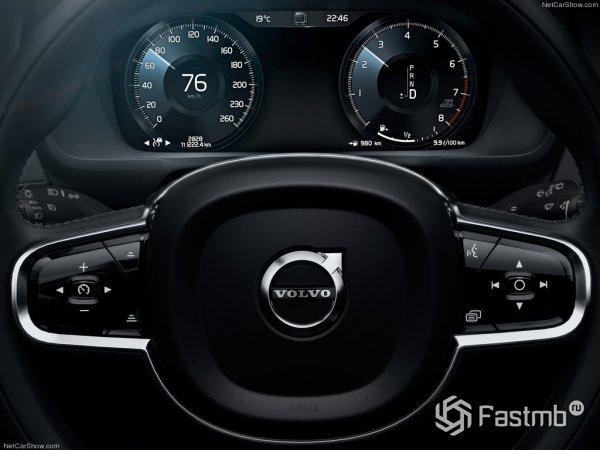 Панель приборов Volvo XC90 2015