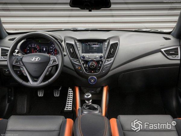 Салон Hyundai Veloster 2015
