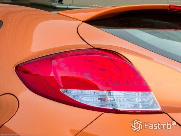 Задняя фара Hyundai Veloster Turbo 2015 оранжевого цвета