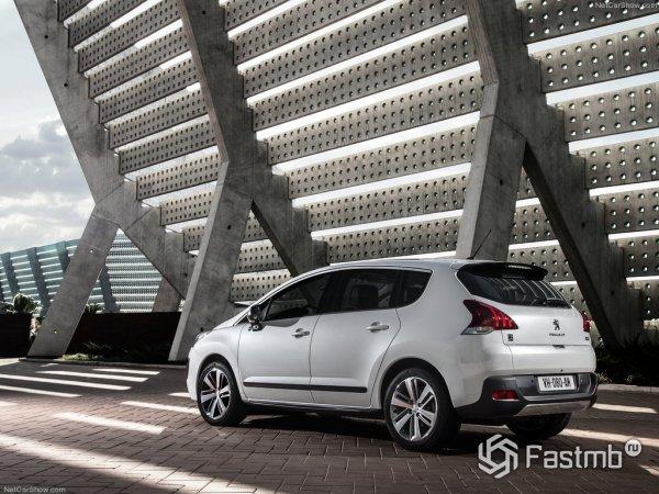 Задняя оптика Peugeot 3008 2015