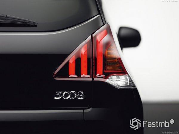 Шильдик Peugeot 3008 на багажнике