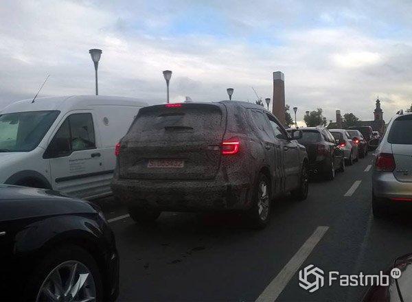 Новый Renault Koleos, вид сзади