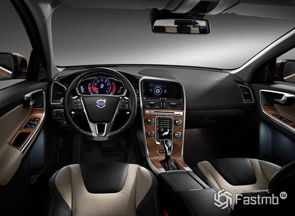 Передняя панель Volvo XC60 2015