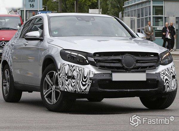 Mercedes GLC Coupe, вид сбоку