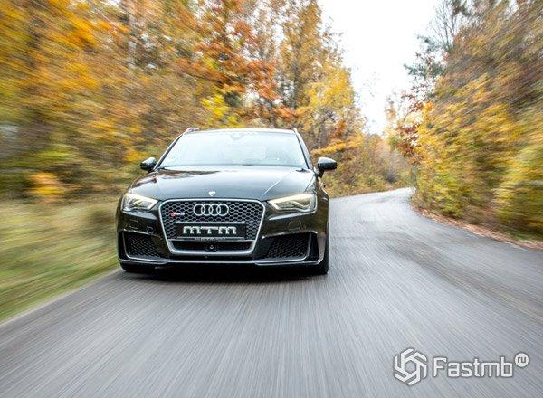 Audi RS3, вид спереди