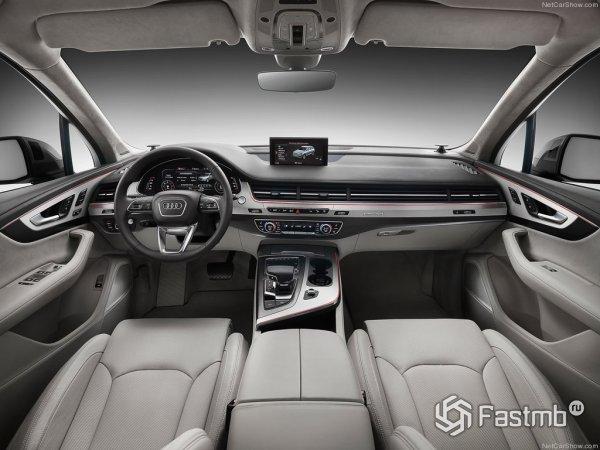 Интерьер Audi Q7 2015 кардинально поменялся