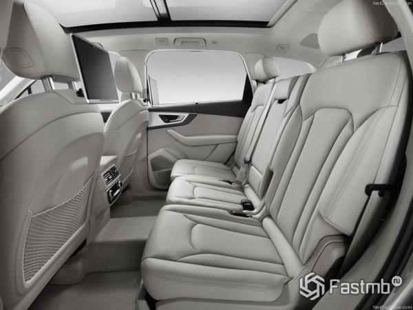 Задний диван Audi Q7 2015