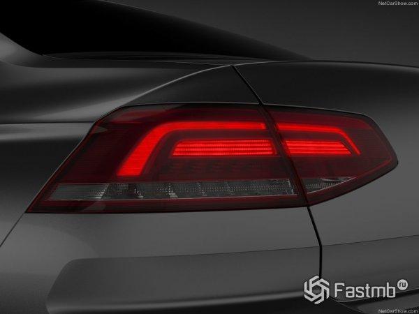 Фонари оригинальной формы - отличительная черна VW Passat B8
