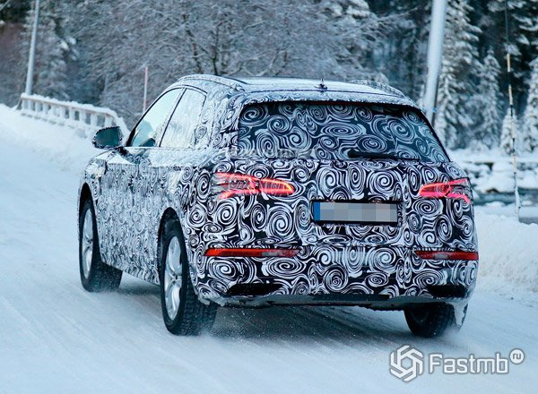 Новый Audi Q5, вид сзади
