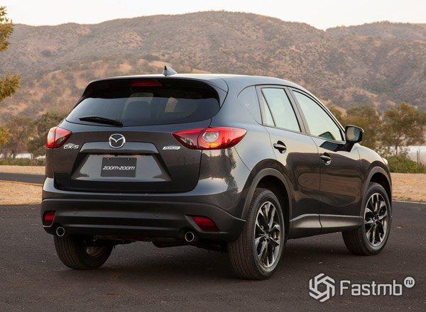 Mazda CX-5, вид сзади