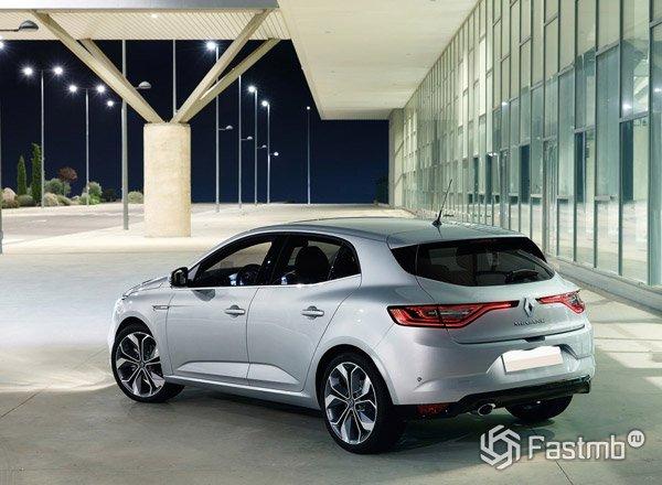 Renault Megane 2016, вид сзади